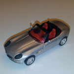 New Ray 1:43 BMW Z8 cabriolet 2000 Diecast model